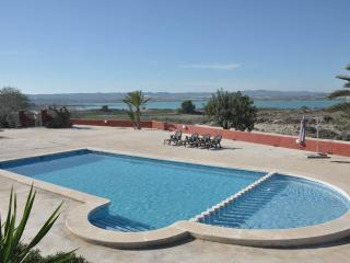 La propiedad de Oasis, Playa Flamenca