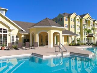 COMFORTABLE AND FULLY FURNISHED CONDO NEAR DISNEY