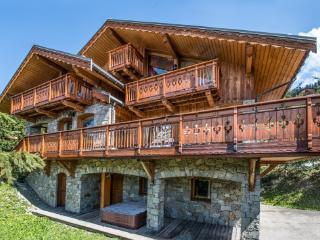 6 bedroom Chalet in Mussillon, Auvergne-Rhône-Alpes, France : ref 5690940