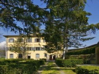 splendida villa tra Firenze e Lucca, Serravalle Pistoiese