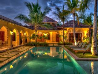 Lovely 4 bedroom villa in the Punta Cana Club & Resort