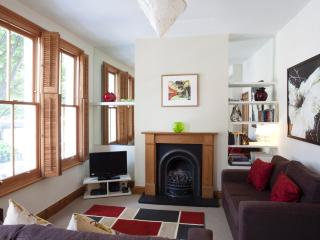 Comfy 1 Bedroom Apartment in Central London, Londen