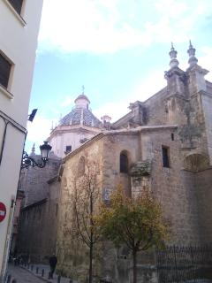 iglesia Santo Domingo al lado del apartamento