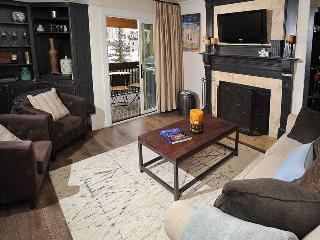 Enjoy this beautiful Vacation Condo only 75 Yds from the The Gondola Ski Lift in Lionshead Village., Vail