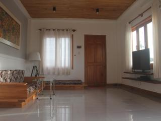 HOIAN MILESTONE-NICE QUIET 4 BEDROOM, Hoi An