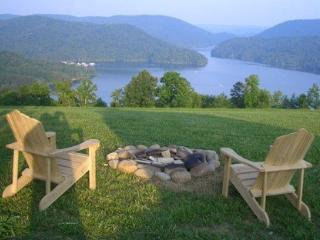 Lakeview Lodge is a roomy and comfortable lakeview cabin rental with covered boat slip, hot tub, Wi-Fi and Game Tables., New Tazewell