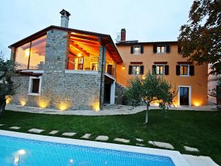 TH00422 Villa Zamask