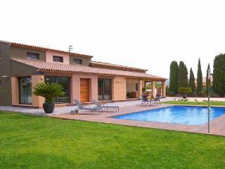 VILLA PUIG: villa de lujo en una zona tranquila, Benissa