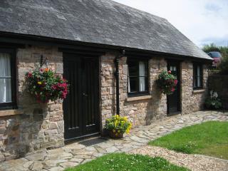 The Long Barn @ Three Gates Farm