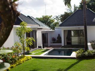 Ombak Villa, 5 Bedroom,5 Min to Balangan Beach