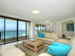 No 9 Darenay, 3 Bedroom Oceanfront Apartment, Mermaid Beach