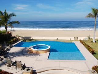 Villa del Tigre - Beachfront! - San Pancho