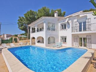 VILLA ZARAGOZA 6 bedrooms, private pool, bbq, wifi, Moraira