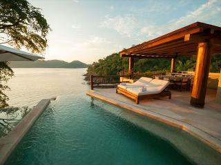 Luxury villa with spectacular views in Zihuatanejo. 4 bedrooms.  Sleeps 8.