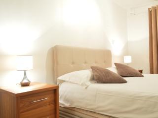 Paula Apartment (TR01)