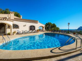 VILLA PINOSORO20: amazing villa with private pool, Calpe