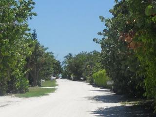 Summer 2017 months available! 4 houses to beach!, Sanibel Island