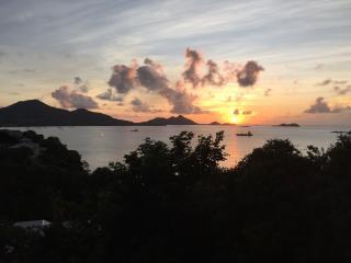 """Breezy Island Villa """"Ballyhoo"""", Carriacou, Grenada"""