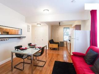 Moblat3 Cozy and Convenient Apt close to Manhattan, Astoria