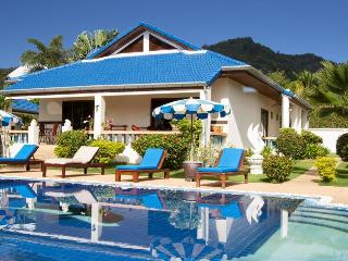 Nice Villa Pool - 3 Bedrooms - Tropical Garden, Chalong