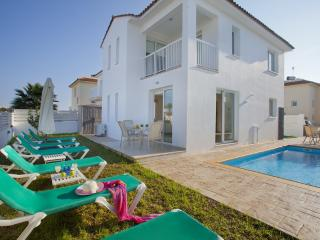 Protaras Holiday Villa Dorothy * Pool * Wi-Fi