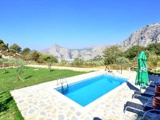 Typical dalmatian stone house with pool, Omis