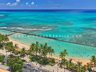 Sweeping ocean views, 2 bed, 2 bath upgraded condo with marble bathrooms., Honolulu