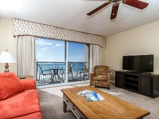 PI 409:Beautiful beach front condo! Full kitchen, Free Beach Service, Fort Walton Beach