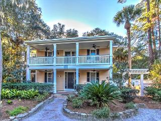6 Cassina-3rd Row Ocean, steps to the beach., Hilton Head