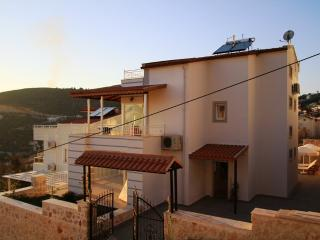 Villa Buse - large with lots of outside space, Kalkan