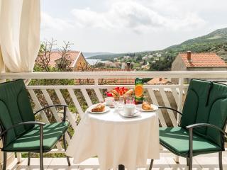 Apartments Katarina - One-Bedroom Apartment with Balcony and Sea View, Slano