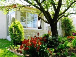 Superb house near seashore, Barzan