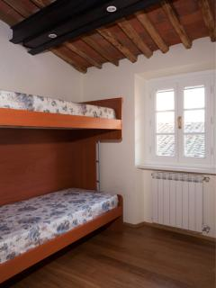 double room with bunk beds