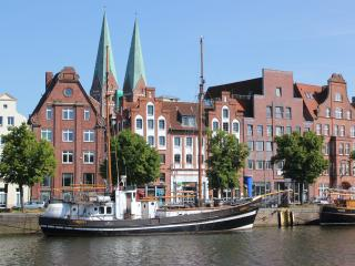 Apartment Traveblick am Museumshafen, Lubeck