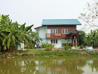 Tradicional casa tailandesa Teca