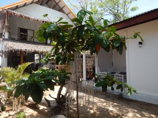 Deluxe Double Room with garden view, Gili Trawangan