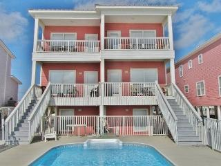 'Sunglade' Beachfront Family House and Pool, Gulf Shores