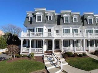 Seaboard Walk 19 124508, Cape May