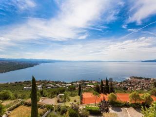 Opatija Hills - luxury mini spa sea view apartment