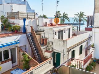 Ático dúplex con terraza, vistas al mar y WIFI