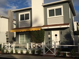 10% 4th of July DISCOUNT!! Balboa Island Charmer, Walk to Bayfront