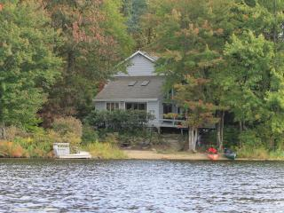 Pocono Lakefront Retreat