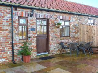 BEACON, red brick barn conversion, single-storey, walks from door, near Moorsholm and Saltburn-by-the-Sea, Ref 919672, Liverton