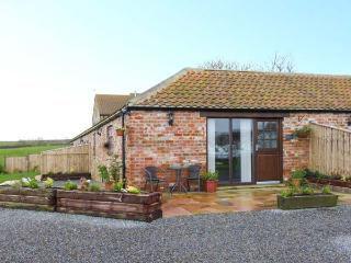 FREEBOROUGH, single-storey, red brick barn conversion, en-suite, romantic