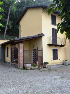 La Dimora, vista dal cortile interno la proprietà.
