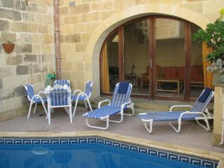 Dar il Palma - Townhouse with private outdoor pool, Sannat