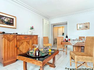 Historical Center of Paris Two Bedroom - ID# 277