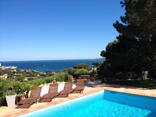 Villa Zen, spa and pool with view on Saint Tropez Gulf, Sainte-Maxime