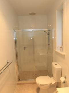 Ensuit shower to Master bedroom