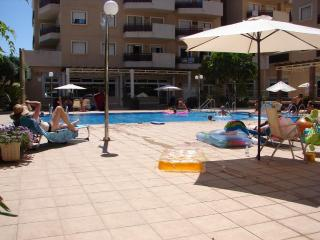 Costa Blanca South -  4 Bed Apt - Cabo Roig Strip